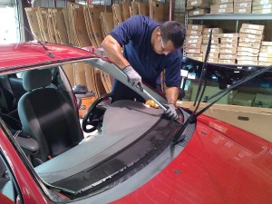 Auto-Glass-Services